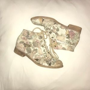 Floral Patterned Shoes